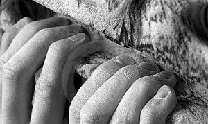 fingertips-gripping-artificial-climbing-hold-9643981