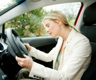 woman-falling-asleep-at-while-driving-B0B56R