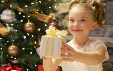gift-giving-smiling-child-christmas-tree-new-year-hd