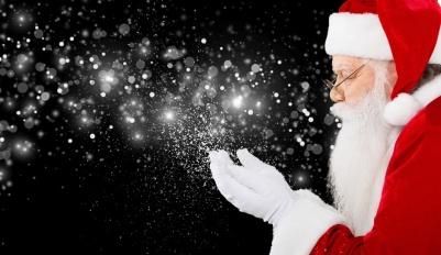 santa-claus-brings-christmas-magic-to-autistic-boy